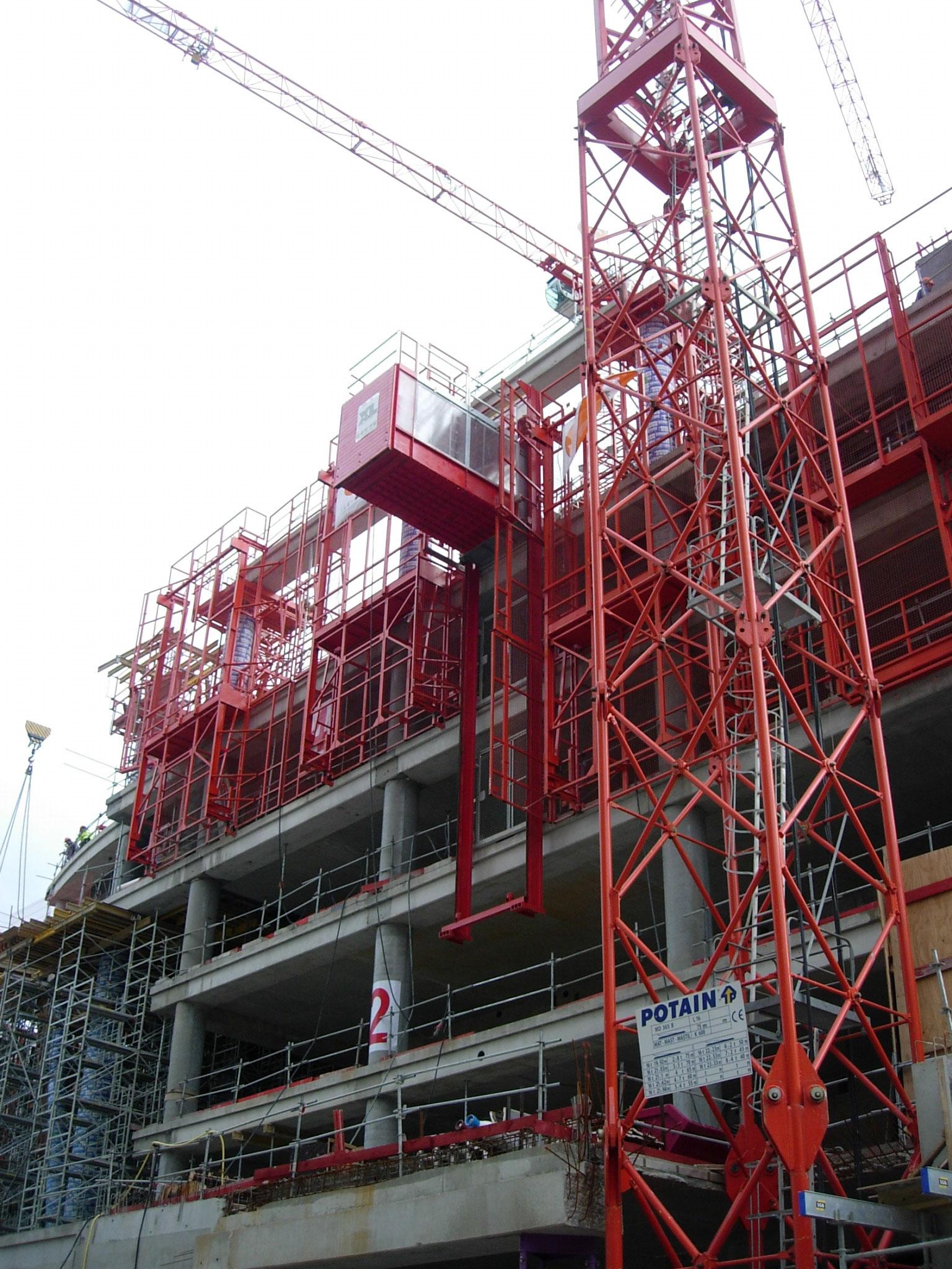 Xl Industries Constructeur D Ascenseurs De Chantier Ou